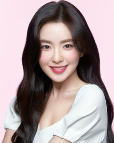 "Irene from K-Pop group Red Velvet became an Asia Pacific model of Clinique. Sharing her beautiful looks from the ""Flower Power"" Campaign (Source: Clinique Korea). Red Velvet アイリーン, Velvet Hair, Red Velvet Irene, Seulgi, Glow Skin, Red Velvet Photoshoot, Velvet Wallpaper, Peek A Boo, Clinique"