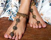 Sandalias Descalzas oro, calzado Tribal, India joyería, joyería Bohemia, cadena de tobillo. Tobilleras de oro. Alma gemela del estilo / / venta