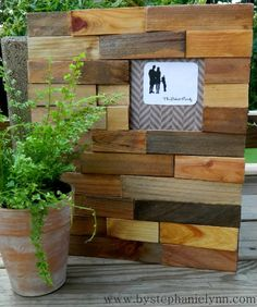 Under The Table and Dreaming: Wooden Shim Interchangeable Picture Frame {custom family silhouette printable}