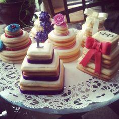 Wedding Favors Mini Wedding Cake Cookies from Picsity.com