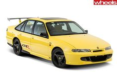 HSV VS GTS-R, 1996, 5.7-litre V8, 230kW, Tremec T56 six-speed manuel end a Hydratrak LSD. 85 units produced. Australian Muscle Cars, Aussie Muscle Cars, Police Cars, Race Cars, Holden Australia, Holden Commodore, Car Engine, Vintage Cars, Cool Cars