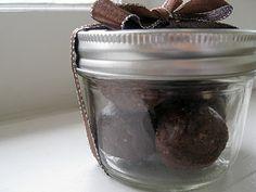 Homemade Chocolate Larabar From New Nostalgia #larabar
