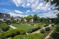 Bunny Mellon's inner garden & courtyard - NYTimes.com