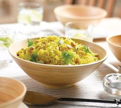 Lemon and cashew rice Healthy Food Guide Great with chickpea and tomato curry Healthy Indian Recipes, Healthy Gluten Free Recipes, Asian Recipes, Ethnic Recipes, Savoury Recipes, Vegetarian Recipes, Healthy Eating Habits, Healthy Food, Happy Healthy