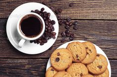 depositphotos_41180955-stock-photo-cup-of-coffee-and-cookies.jpg (1024×680)