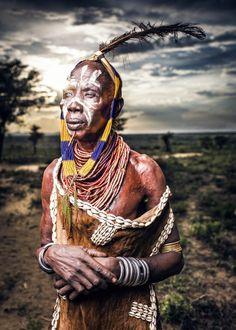 Karo Tribe Leader - OMO Valley por OZZO Photography