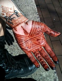 Moroccan henna and jumper boots by Nomad Heart Henna, via Flickr