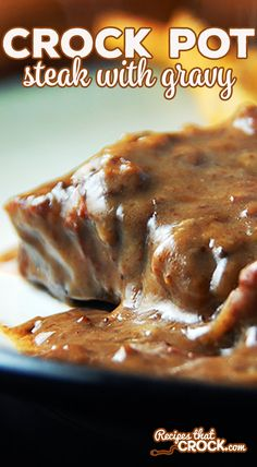 Slow Cooker Steak with Gravy - Recipes That Crock! Want a way to have the flavor and texture of an amazing roast without paying full price for a roast? Our Slow Cooker Steak with Gravy is your answer! Crockpot Steak Recipes, Sirloin Steak Recipes, Crockpot Dishes, Beef Dishes, Food Dishes, Beef Recipes, Baked Steak Recipe Crock Pot, Round Steak In Crockpot, Crockpot Pork Steaks
