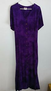 Ladies full length dress, Size L, dark purple, tie in back. button up By Kartini Dark Purple, Women's Fashion Dresses, My Ebay, Button Up, Short Sleeve Dresses, Tie, Lady, Ladies Fashion Dresses, Cravat Tie