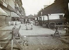 Diese Aufnahme aus der Zeit um 1890 zeigt die 42nd Street in New York.
