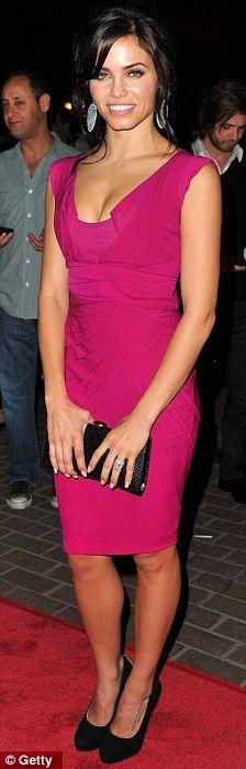 Jenna Dewan-Tatum.. wearing a Zac Posen dress, Brian Atwood pumps, and Dana Rebecca earrings.