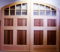 www.oldhouseweb.com Carriage House Doors