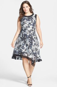 Contrast Trim Print Sleeveless Dress (Plus Size)