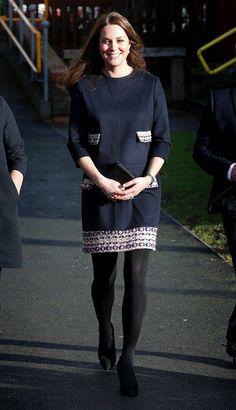 Pin for Later: Kate Middleton ist wirklich die Königin der Schwangerschaftsmode Kleid: Madderson London