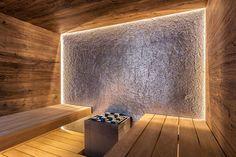 Design-Sauna im Alpenstil Sauna Steam Room, Sauna Room, Saunas, Design Sauna, Piscina Spa, Front Door Design Wood, Indoor Sauna, Sauna House, Corporate Interior Design
