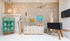 Best Interior Design Shops in London While London Design Festival 2018 - Covet Edition Interior Design London, Interior Design Shows, Interior Decorating, Design Shop, House Design, Store Design, Mint Furniture, Furniture Design, Furniture Stores
