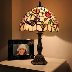 Sunset Visitor Tiffany Bedside Lamp