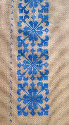 Cross Stitch Beginner, Tiny Cross Stitch, Cross Stitch Fabric, Cross Stitch Borders, Cross Stitch Flowers, Cross Stitch Designs, Cross Stitching, Cross Stitch Embroidery, Cross Stitch Patterns