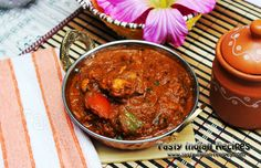 Chicken Tawa Masala Recipe is the famous Indian Chicken Dish of Punjabi Cuisine. Marinated and roasted Tandoori Chicken Pieces are cooked in Spicy Gravy and Masala.