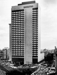 Hotel Sheraton, 1972 Antique Photos, Old Photos, Lisbon Portugal, Civil Engineering, Capital City, Good Old, Homeland, Portuguese, Skyscraper