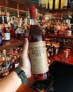 Finding unicorns at the @bourbonparadise bar. The most elusive Van Winkle in existence? We sure think so! What's your dream Van Winkle bottle? 🥃🦄 Rip Van Winkle, Rye Whiskey, Unicorns, Kentucky, Dreaming Of You, Old Things, Bar, Drinks, Bottle