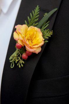 Washington Mountainside Wedding Wedding Flowers Photos on WeddingWire