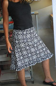 My Tutorials Apron in an Hour Invisible Zipper No Waste Bias Tape Fabric Scraps Bookmark Petite Planner Cover Valentine Heart Clothing Patterns, Dress Patterns, Sewing Patterns, Coat Patterns, Bias Tape, Sewing Clothes, Diy Clothes, Dress Sewing, Sewing Coat
