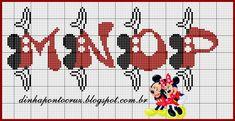 Olá todos!  Agradeço o carinho pelas felicitações do nosso niver de blog ontem, e como forma de agradecimento um novo monograma do Mickey e ...