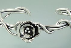 6st 183 - Sterling Silver Medium Gauge Wrap Vine Cuff with Double Dogwood.