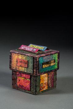 handmade paper box ©Claudia Lee 2015 www.claudialeepaper.com