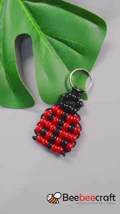 #Beebeecraft idea on making #ladybug #keychain with #acrylicbeads #jewelrymaking #jewelrymakingsupplies #diy #craft