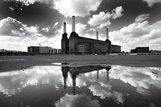 """I love my local Power Station. """"Battersea Power Station by Christophe Carlinet, London, 2008 London Landmarks, London Pubs, Best Of Pink Floyd, Battersea Power Station, Art Deco Stil, Places In England, Station 1, Abandoned Mansions, Places To Visit"""