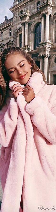 Pink Wool Coat, Pink Faux Fur Coat, Pink Coats, Parisian Chic Style, Feminine Style, Pink Love, Pretty In Pink, Paris Appartment, Kristina Krayt
