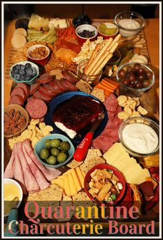 A charcuterie board aka a meat and cheese tray has become a popular appetizer these days for any occasion. Today I made what I call a Quarantine Charcuterie Board. This is an impressive selection of meats, cheeses, dips, and fruits made of ingredients you typically have at home. Popular Appetizers, Best Appetizer Recipes, Appetizer Ideas, Party Recipes, Easy Party Food, Party Food And Drinks, Meat And Cheese Tray, Charcuterie Board, Clean Recipes