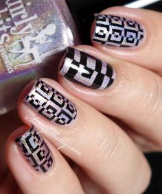 Digit-al Dozen – Negative Space ~ light and dark with Girly Bits Negative Space Nails, Sassy Nails, Glitter Manicure, Claw Nails, Nail Blog, Girls Time, Holographic Nails, Stamping Plates, Art Model