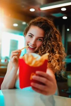 Fries Before Guys Portrait Photography Poses, Hobby Photography, Girl Photography Poses, Creative Photography, Sofie Dossi, Best Photo Poses, Restaurant Photos, Foto Instagram, Cool Photos