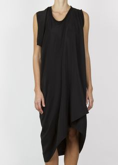 solitary dress - black