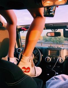 too bad i'm probably selling my jeep 😭😭😭😭 Summer Vibes, Summer Feeling, Summer Goals, Happy Vibes, Thing 1, Summer Aesthetic, Hugo, Jeep Life, Look Cool