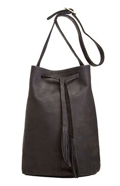 Jesslyn Blake Leather Bucket Bag in Black | DAILYLOOK