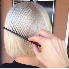 8-Short Hairstyle for Fine Hair