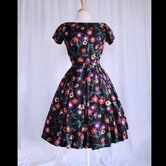 Vintage 50s Dress Stylized Flower Novelty by wearitsatvintage, $224.99