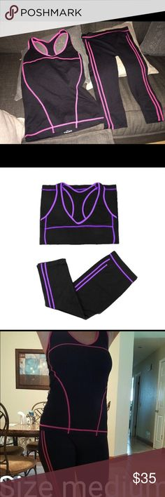 Fitness Tank and Capri pant Set Size S:Suggest Height :150-160 cm;Suggest Weight :40-50 kg Tops