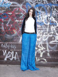 #girl #look #graffiti #streetstyle Lace Skirt, Skirts, Design, Graffiti, Fashion, Moda, Fashion Styles, Skirt