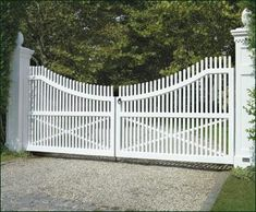 Cellular PVC Chestnut Hill Custom Entrance Gatefrom Walpole Woodworkers