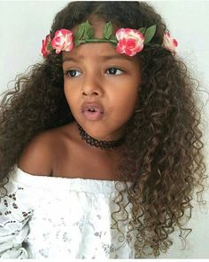 Discover recipes, home ideas, style inspiration and other ideas to try. Mixed Girls, Mixed Babies, Beautiful Children, Beautiful Babies, Weave Hairstyles, Cute Hairstyles, Little Girl Fashion, Kids Fashion, Cute Kids