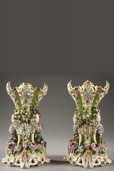 Jacob Petit aka  Jacob Mardochée  (1797-   1868)  Paris Porcelain  — Pair of polychrome porcelain vases,c.1850 (994x1491)