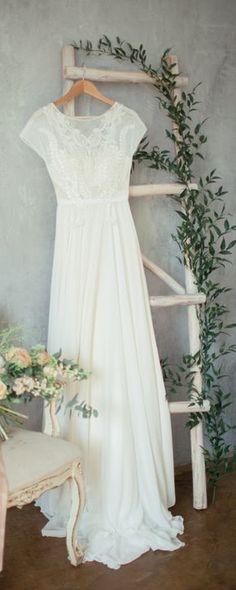 Boho wedding dress 'TEONA' / Bohemian Wedding Dress