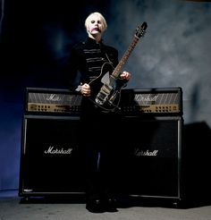 John 5 guitarist He's fucking amazing ! Rock N Roll Music, Rock And Roll, Best Guitarist, John 5 Guitarist, Wall Of Sound, White Zombie, Black Label Society, Play That Funky Music, Rob Zombie