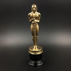 Star Wars C-3PO Oscar Figurine. 3D printed Star Wars Fan Art Star Wars Fan Art, Academy Awards, Oscars, 3d Printing, Table Lamp, Printed, Unique Jewelry, Handmade Gifts, Etsy