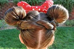 Minnie Mouse Hair (This lady's blog has every hairstyle you could imagine for Halloween costumes and more!)